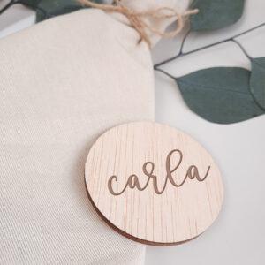 marcasitios-nombre-madera-circular-bodasbonitas
